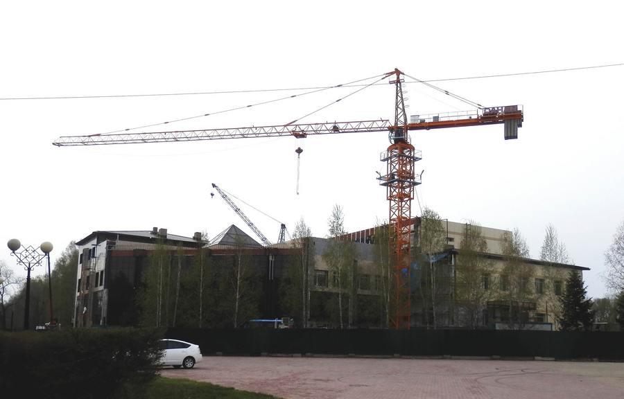 1_3. Фасад строящегося здания -