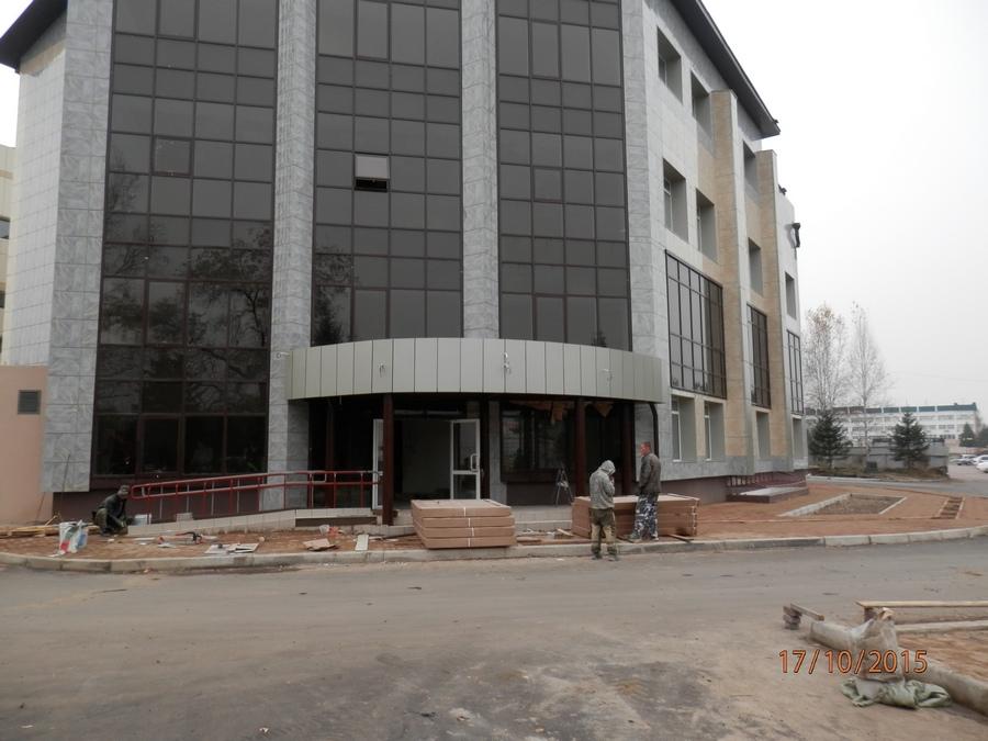 2_1. Фасад строящегося здания -